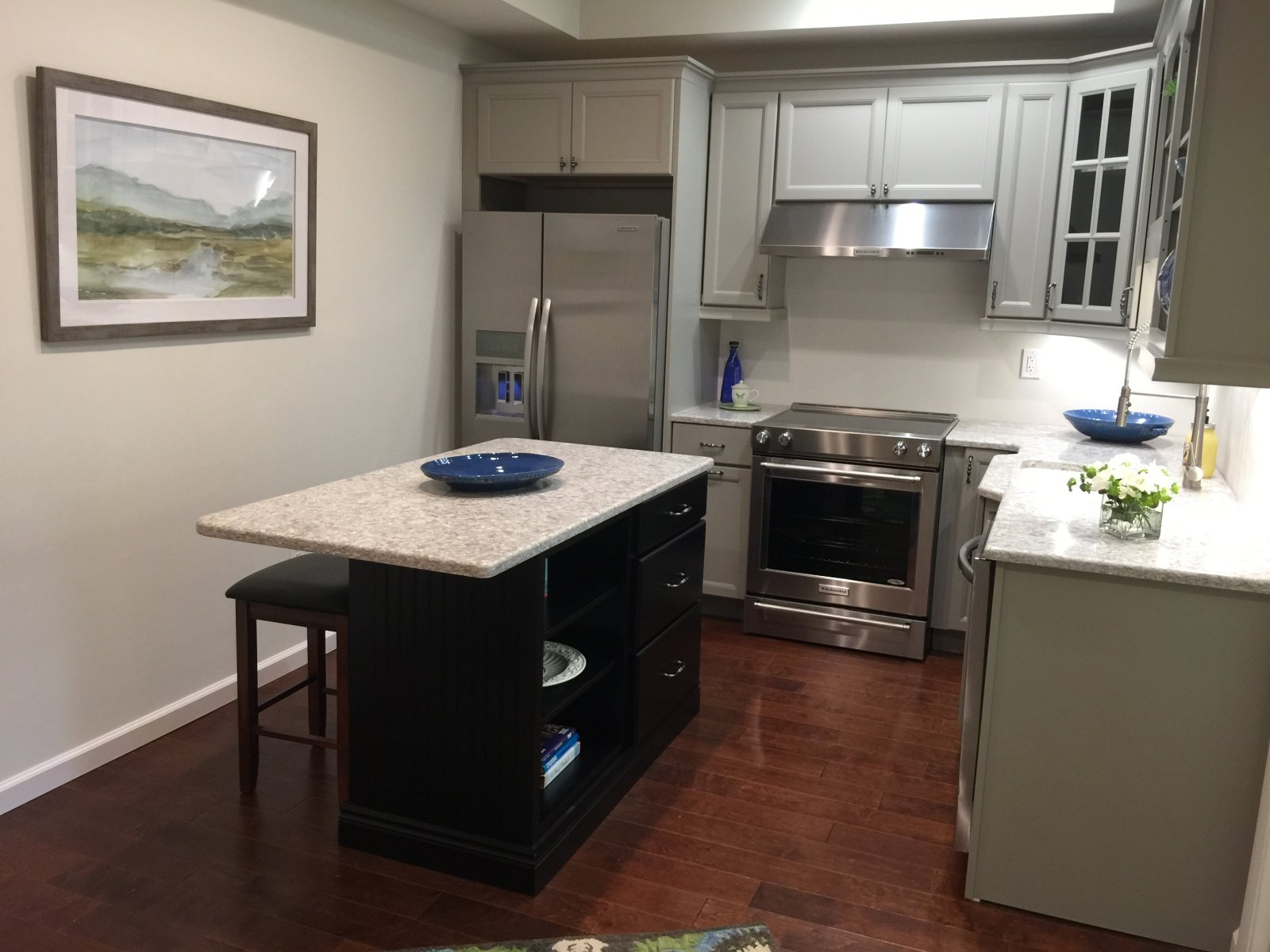 General contractor franklin home remodeling and custom for Carriage house kitchen cabinets