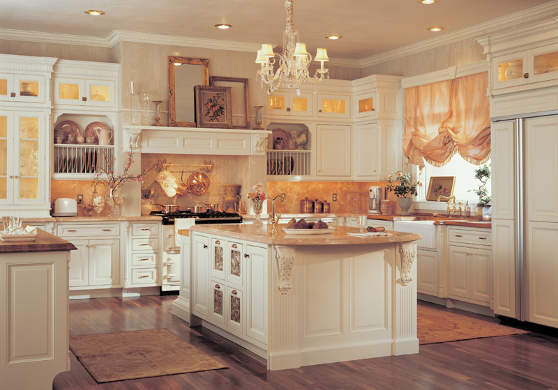 Franklin general contractor home remodeling and custom for Carriage house kitchen cabinets
